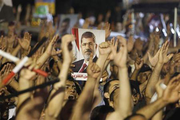 FLI angry-islamist-supporters-to-protest-after-egypt-army-ousts-mohamed-morsi