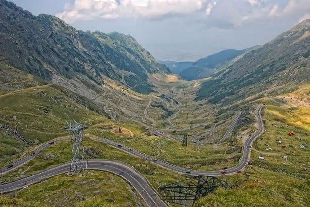 FLI Driving Roads The Transfăgărășan aka the DN7C