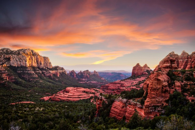 Schnebly Hill Road - Sedona Source: Sedona Chamber of Commerce & Tourism Bureau