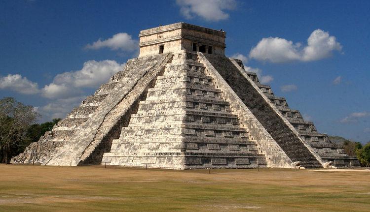 FLI Chichen Itza Pyramid
