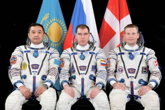 Prime Crew (left to right): Aidyn Aimbetov, Kazcosmos; Sergei Volkov, Russian Federal Space Agency (Roscosmos); Andreas Mogensen, ESA