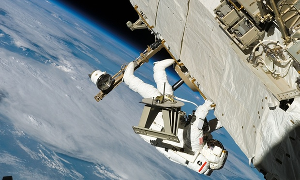 FLI Nasa astronaut