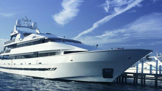 FLI Yacht